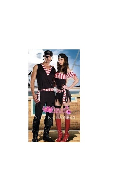 Halloween Costume Pirate Couple